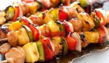 طريقة عمل شيش طاووق الدجاج بطعم مميز من ضمن تجهيزات المصيف لصيف 2021 على طريقة الشيف فاطمة ابو حاتى