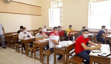 طلاب الأدبي بدمياط ينتهون من امتحان التاريخ للثانوية العامة وسط اجراءات احترازية مشددة