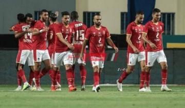 موسيماني يحاضر لاعبي الأهلي للمرة الأخيرة قبل مواجهة سيراميكا