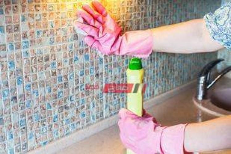 تنظيف سيراميك وجدران المطبخ من الدهون