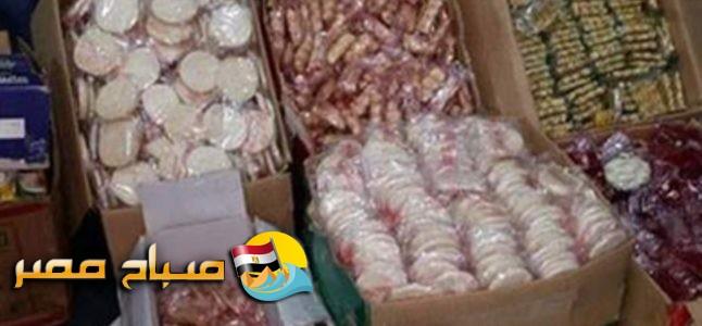 ضبط 7800 قطعة حلوى مولد منتهية الصلاحية داخل مصنع بالإسكندرية