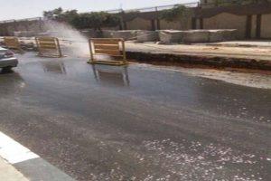 كسر ماسورة مياه شرب عمومية بطريق الاسكندرية الصحراوي