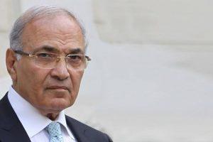 الفريق احمد شفيق يتهم الامارات بمنعه من السفر على قناة الجزيرة