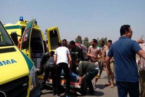 انقلاب سيارة ربع نقل على طريق الإسماعيلية و إصابة 13 عامل