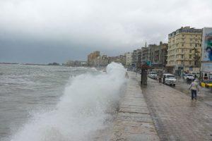 بالصور شاهد أضرار نوة الفيضة الكبري على الاسكندرية
