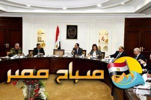 وزير الإسكان يترأس اجتماعاً لمتابعة مشروع تطوير محور المحمودية بمحافظة الإسكندرية