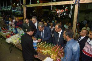 محافظ الاسكندرية ووزير التموين يفتتحان منفذ بيع السلع التموينية بالعطارين