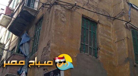 انهيار سور عقار بمنطقة محرم بك فى الإسكندرية