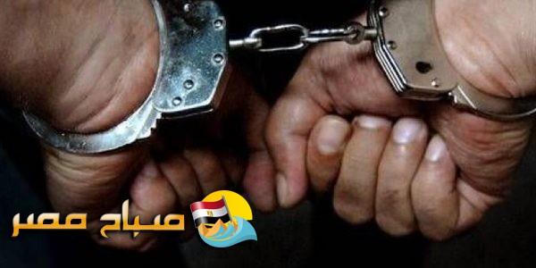 القبض على هارب من 65 سنة حبس بحوزته مستندات مزورة بالإسكندرية