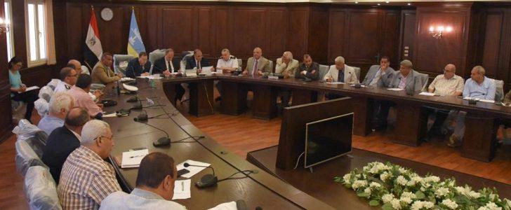 محافظ الإسكندرية يقعد اجتماعا لمناقشة استعدادات عيد الفطر المبارك
