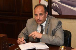 محافظ الاسكندرية يكلف هيئة النقل العام برفع درجة الاستعداد القصوى لنقل الركاب بالأماكن المزدحمة