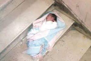 العثور على طفل رضيع بجوار مسجد فى الغربية