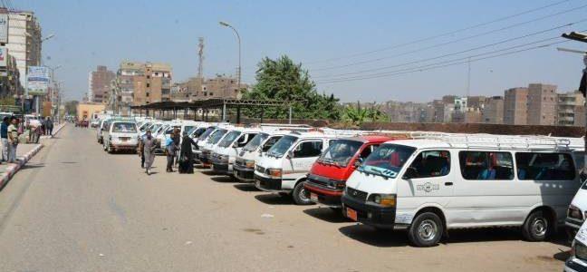 المرور يشن حملات على الطرق ومواقف السيارات للتأكد من الالتزام بالتعريفة المقررة