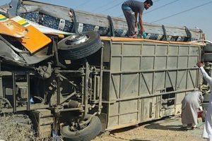 إصابة 23 مواطن في حادث تصادم أتوبيس مع سيارة نقل بالإسكندرية