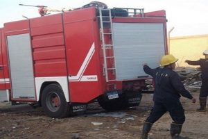 نشوب حريق هائل داخل مصنع بلاستيك ببرج العرب بالإسكندرية