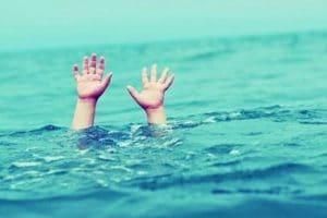وفاة طفل أثناء استحمامه هاربًا من حرارة الجو بالمنيا