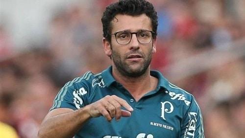 إقالة البرازيلى فالنتيم من تدريب بيراميدز