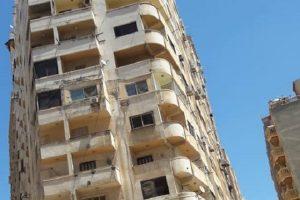 بالصور إزالة عقار مخالف ومائل بمنطقة سموحة فى الإسكندرية