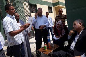 خلال أول يوم عمل له رئيساً لمركز ومدينة كفر الدوار.. يتفقد عدداً من القرى ويستمع لشكاوى المواطنيين