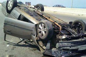 مصرع طفل وإصابة شقيقه ووالديه فى حادث انقلاب سيارة بالشرقية
