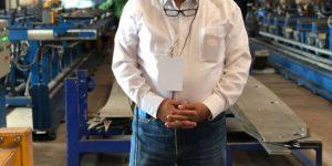 على هامش المؤتمر ..رئيس ميناء دمياط يزور مصنع وسائل النقل الثقيل بمدينة سمرقند