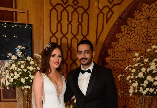 """فستان زوجة """"حامد"""" نجم مسرح مصر"""