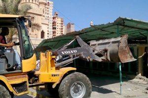 بالصور إزالة تعديات على أملاك الدولة بنطاق حي الجمرك بالإسكندرية