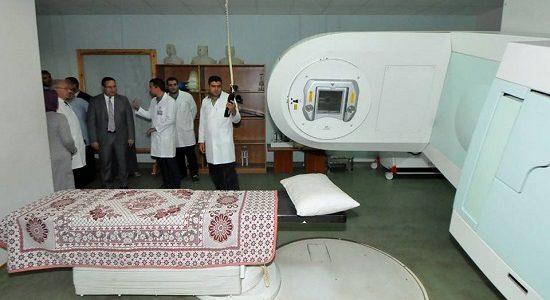 بالصور.. محافظ الإسكندرية يتفقد مركز ومستشفي أيادى المستقبل لعلاج الأورام بالمجان لغير القادرين