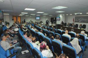 محافظ الإسكندرية يعقد أول لقاء جماهيري منذ توليه مهام منصبه لحل مشكلات المواطنين