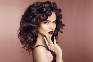 طرق سحرية وفعالة لإيقاف تساقط الشعر