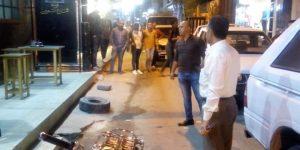 """إغلاق مقهى تسبب في إزعاج المواطنين في حملة إنضباطية ليلية بدمياط""""صور"""""""