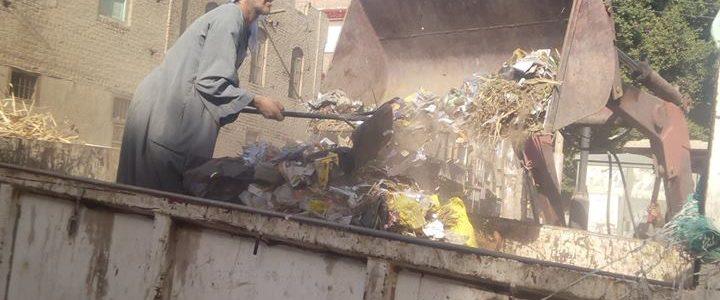 رئيس محلية دمنهور: شن حملات نظافه مكبرة داخل المدارس
