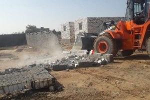 حملات مكبرة لإزالة تعديات على أرض زراعية ببرج العرب