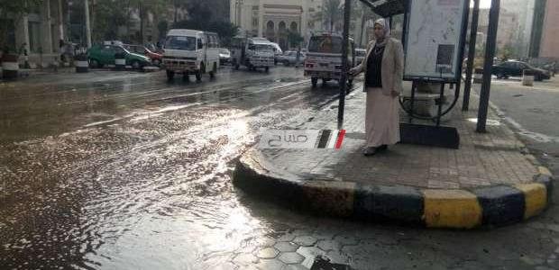 بالصور شفط مياه الأمطار من شوارع حى الجمرك وإعلان الطوارئ بالمحافظة