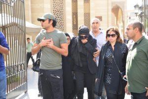 بالصور نجلاء فتحي تودع زوجها الإعلامي حمدي قنديل