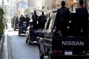 القبض على عدد من العناصر الإجرامية والتحفظ على أسلحة نارية ومخدرات بحملة أمنية مكبرة ببنها