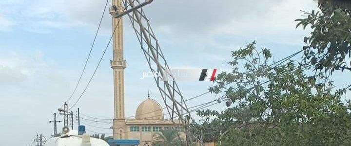 انقلاب ميكروباص في ترعة على طريق دمياط – دمياط الجديدة و سقوط برج كهرباء