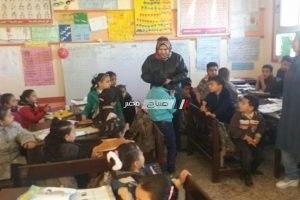 مدير عام ادارة كفر سعد التعليمية تتفقد مدارس الادارة وتشيد باداء هيئات التدريس