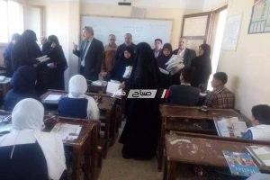 تضامن دمياط توزع شنط مدرسية على 354 طالب وطالبه بالتعاون مع جمعية توعية المرأة ورعايتها