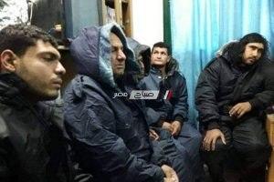 بالاسماء انقاذ 6 صيادين مصريين وفقدان بحار جراء تحطم مركب على سواحل فلسطين