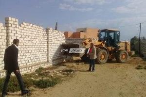 بالصور حملات إزالة بناء مخالف بدون ترخيص ببرج العرب