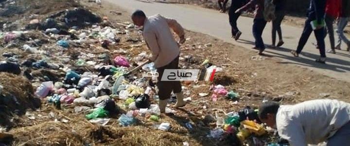 شن حملة نظافه مكبرة بقرية بدمنهور بعد تكرار الشكاوى