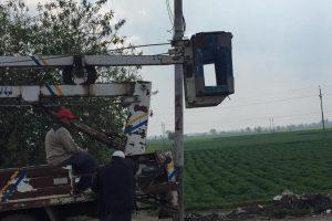 شن حملة مكبرة لتنفيذ أعمال صيانة كشافات الليد علي طريق 5 حديث بدمياط
