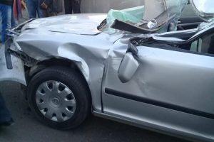 محلية دمنهور تنقذ سائق اصيب في حادث سير مروع اثناء حملة نظافة (صور)