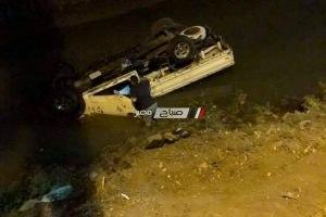 اصابة شخص في حادث انقلاب سيارة نقل بدمياط (صورة)