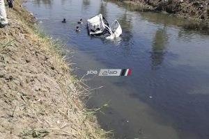 ننشر صور سقوط ميكروباص في مياه ترعة طريق دمياط الجديدة