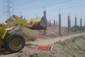 إزالة حالة تعدي بالبناء علي حرم خط الغاز بطريق دمياط – بورسعيد