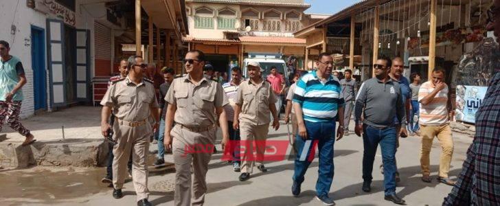 رئيس محلية راس البر يقود حملة مكبرة لازالة اشغالات شارع النيل واغلاق ملاهي غير مرخصة… صور
