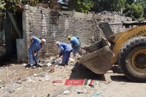 حملة مكبرة لرفع المخلفات من حرم السكة الحديد بمنطقة الحضرة الجديدة بالإسكندرية