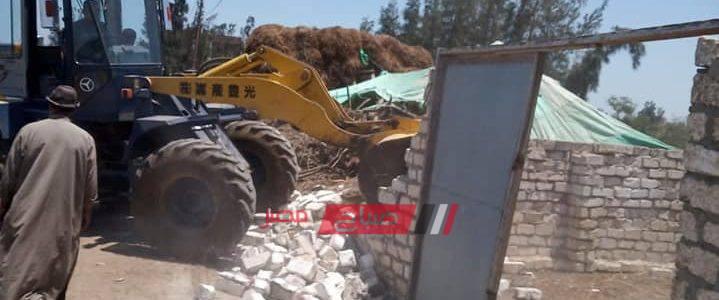 إزالة حالة تعدي علي الارض الزراعية بمساحة 200 متر بكفر الشيخ
